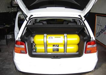Automóvel adaptado para receber GNV