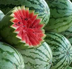 Geralmente a melancia é consumida ao natural