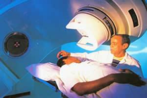 Paciente sendo submetido à radioterapia