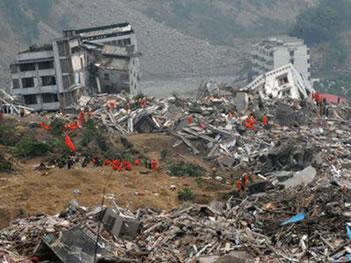 Destruição causada por um terremoto