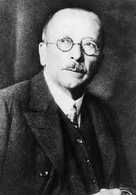 Fritz Pregl ganhou o Prêmio Nobel de Química (1923)