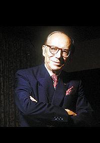 Diplomata e economista brasileiro