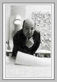 Escultor brasileiro, especialista em construções abstratas