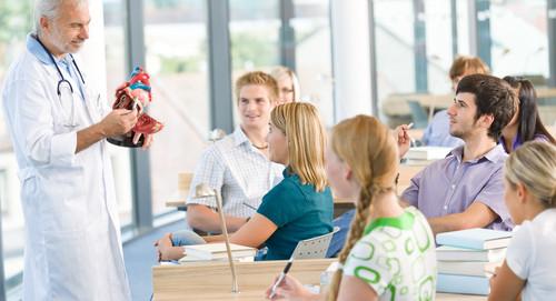Classificação é feita pelo MEC com base no Enade e CPC