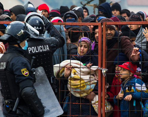 Diversos países fecham suas fronteiras para evitar a entrada dos refugiados