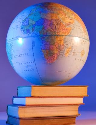 A Geografia no ENEM poderá ser trabalhada a partir de temas físicos e humanos