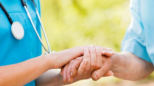 Mais do que prescrever remédios e procedimentos, os profissionais da saúde coletiva acompanham as necessidades da comunidade