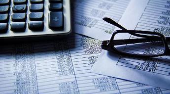 Estudos fora do Brasil podem entrar no seu orçamento