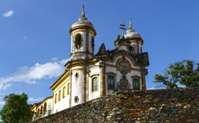 As igrejas barrocas do interior de Minas Gerais são consideradas Patrimônio Histórico e Artístico nacional.
