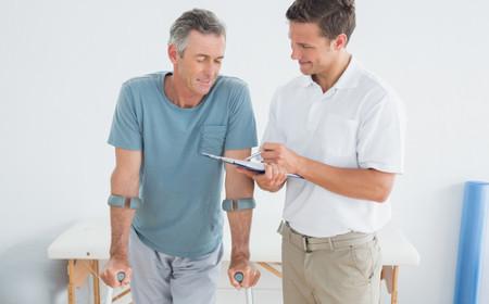 Terapeuta Ocupacional pode atuar na reabilitação e adaptação de pessoas com problemas físicos