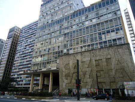 Prédio da Fundação Cásper Líbero na Avenida Paulista, em São Paulo.