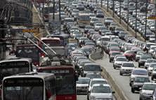 Os congestionamentos são um dos principais problemas dos grandes centro urbanos