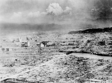 Imagem aérea da cidade de Hiroshima após o ataque com a bomba de Urânio em 06 de agosto de 1945