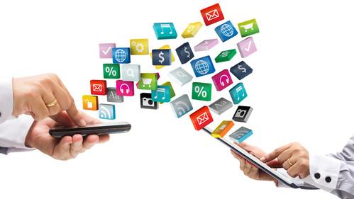 A busca por desenvolvedores cresceu com o aumento da utilização da internet em aparelhos móveis.