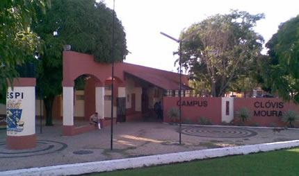 Campus Clóvis Moura