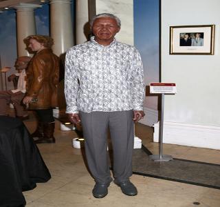 Boneco de cera de Nelson Mandela no Museu de Madame Tussauds.*