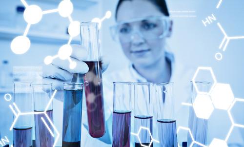 O curso forma biomédicos preparados para pesquisa e diferentes tipos de análises