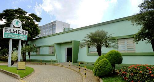 Fachada da Faculdade de Medicina de São José do Rio Preto