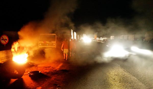 Caminhoneiros protestaram principalmente contra o preço do diesel*