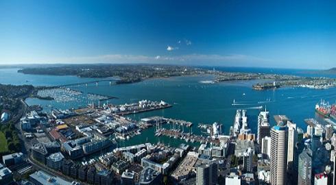 Programa de férias para brasileiros permite estudar e trabalhar na Nova Zelândia durante um ano