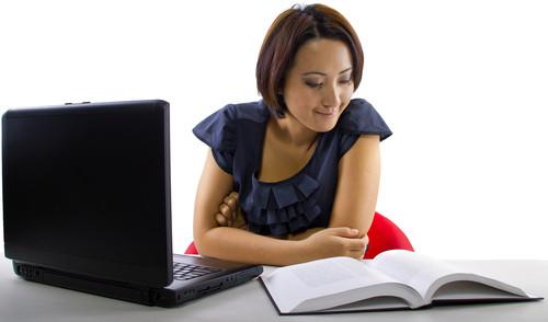 Informações sobre instituições e cursos a distância podem ser conferidas pela internet.