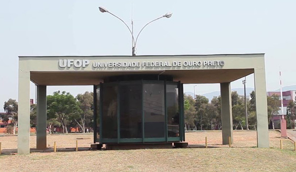 Fachada do campus da UFOP em Ouro Preto
