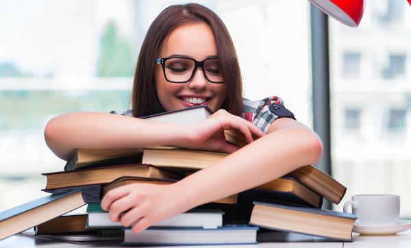 Letras e Direito são profissões indicadas para quem gosta de ler