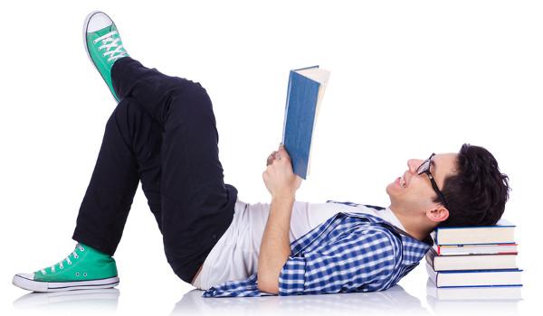 Livros podem ser uma descontração nas férias escolares