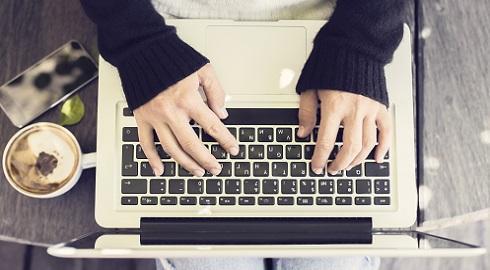 Metade dos programas de estudo nos Estados Unidos são on-line