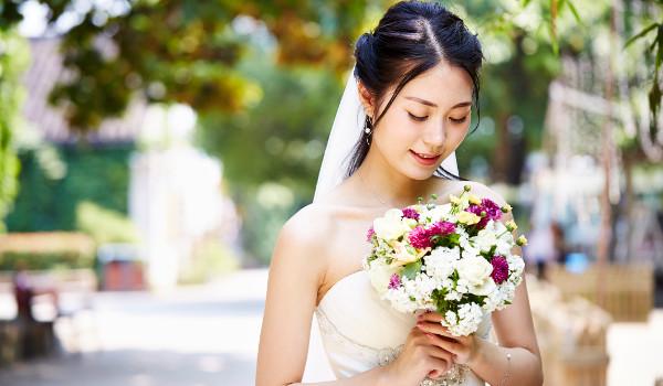 Mulheres na China recebem pressão para casar antes dos 27 anos