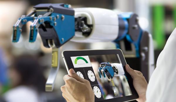 O Engenheiro de Robôs desenvolve tecnologias para os mais diversos ramos de indústrias e serviços.