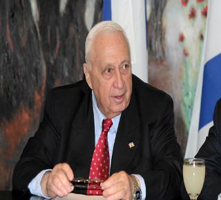 O ex-primeiro-ministro de Israel Ariel Sharon.*