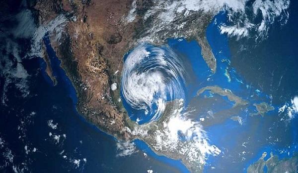 O mês de setembro foi marcado por quatro furacões, sendo três simultâneos, sobre o Oceano Atlântico