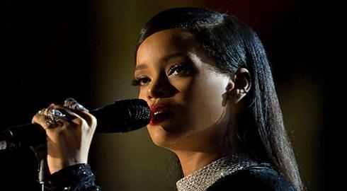 Programa é oferecido pela Clara Lionel Foundation (CLF), organização beneficente de Rihanna