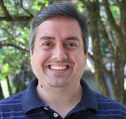 Quem possui aptidão para exatas tem bom raciocínio lógico, afirma o professor Thiago Pardo, da USP