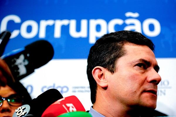 Sergio Moro teve conversas com procuradores vazadas. Foto: Marcelo Chello / Shutterstock.com