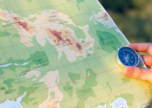 mapa e bússola