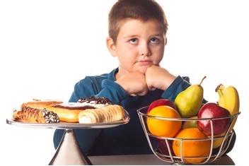 A alimentação das crianças e dos adultos hoje em dia costuma não ser saudável