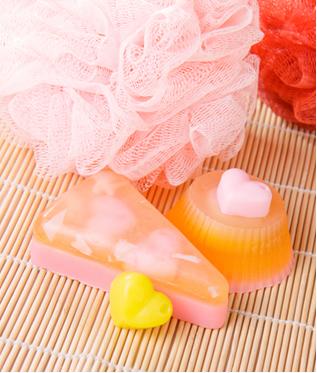 Sabonetes artesanais usados para lavar a pele