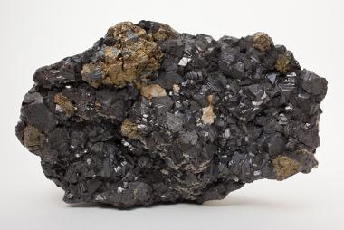 Esfarelita, um dos minerais de onde se extrai o zinco
