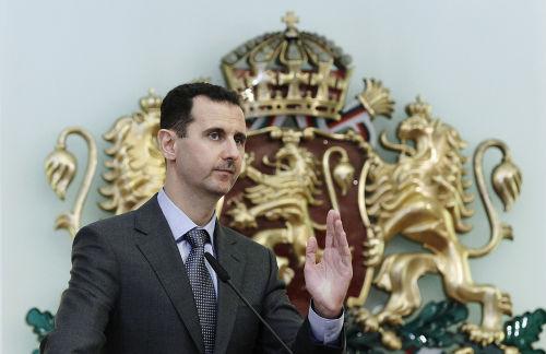 O ditador da Síria, Bashar Al-Assad, procura preservar-se no comando do país.**