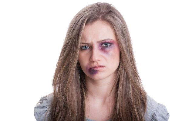 A cada 15 segundos uma mulher é vítima de violência no Brasil