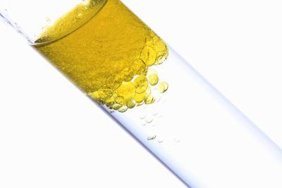 Mistura formada por água e óleo