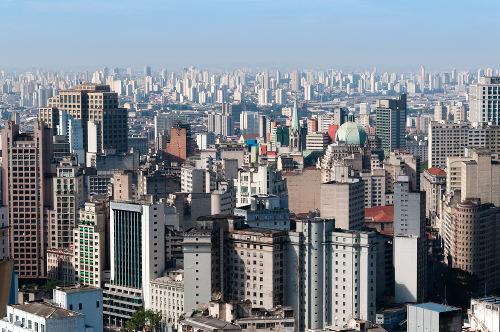 São Paulo é o centro urbano de maior influência no país e é categorizado como Grande Metrópole Nacional
