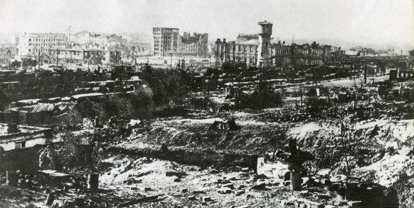 Destruição em Stalingrado causada pela batalha que aconteceu na cidade entre 1942 e 1943.