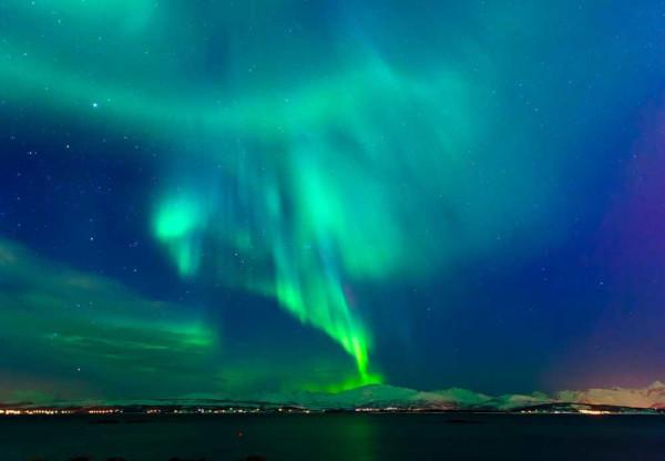 É na termosfera que ocorrem os fenômenos ópticos conhecidos como aurora boreal e aurora austral.