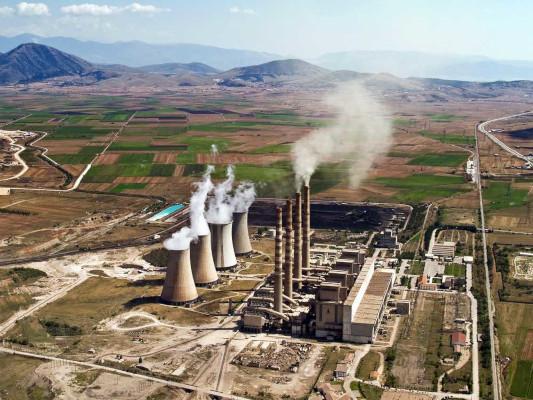 As fontes não renováveis de energia, como os combustíveis fósseis, correspondem aos recursos energéticos que podem esgotar-se na natureza.