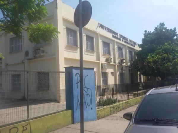 Prédio da Faculdade de Ciências Médicas do Piauí