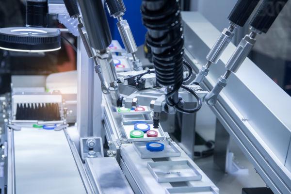 A Terceira Revolução Industrial ficou conhecida como Revolução Tecnocientífica, especialmente pelo desenvolvimento da robótica.