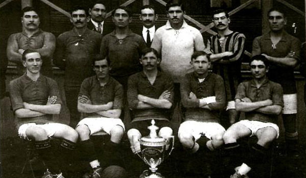 Time do Rosário Central (ARG) na disputa da Copa Competência em 1913. (Crédito: Domínio Público)